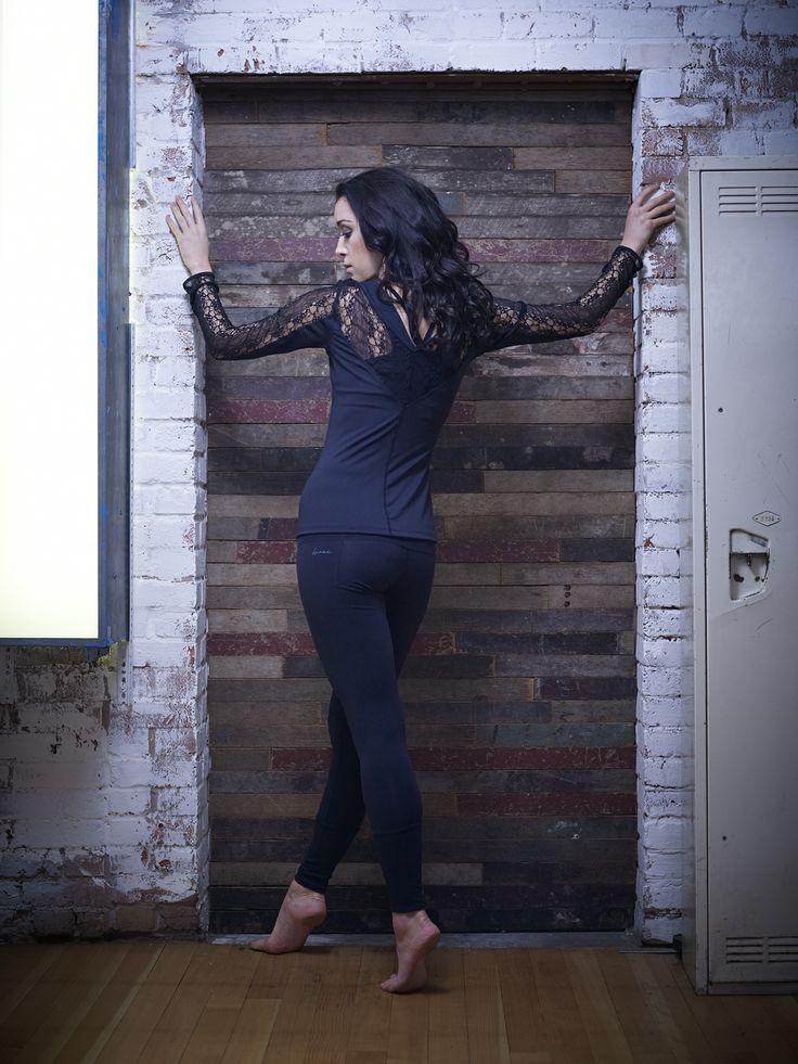 studio jeanne dark hausfrauen in strapse