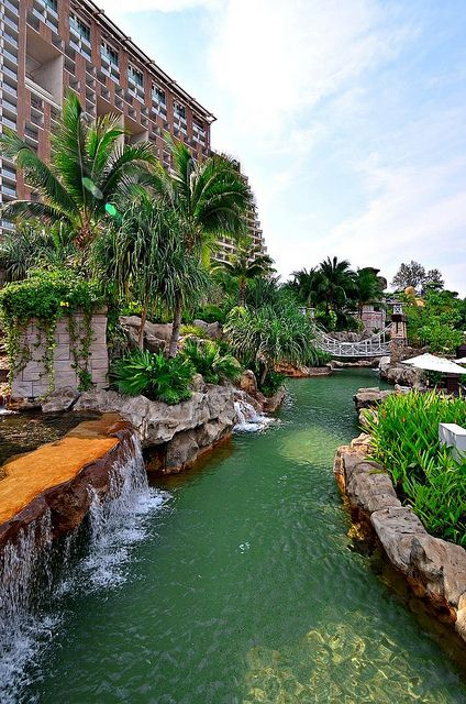Build Backyard Lazy River :  hotel and resort should build an outdoor lazy river as lush as this