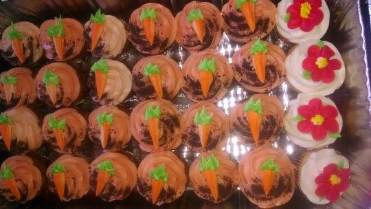 Carrot top cupcakes | Cakes by T | Pinterest