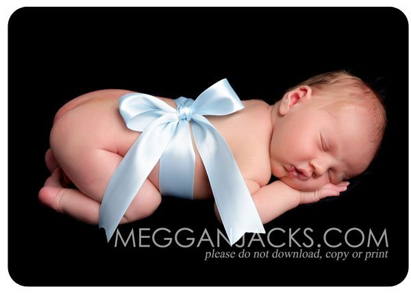 Could do this with the ribbon & Carina tag that I used in my maternity pics!