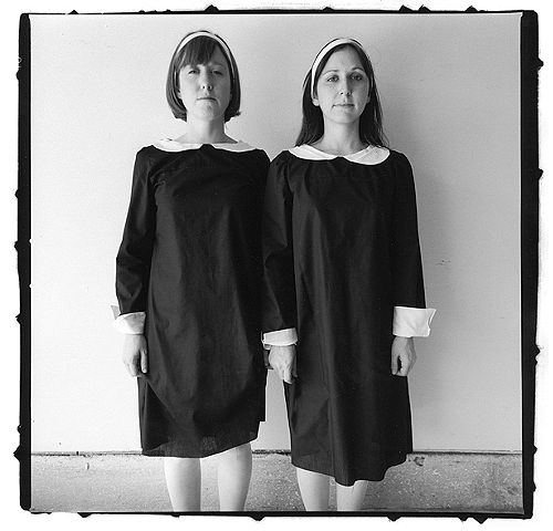 diane arbus twins essay We are sure we can handle writing a new unique essay on this topic within the tight deadlines paper topic: diane arbus diane arbusintroduction diane arbus.
