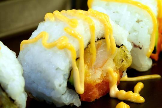 Sassy Shrimp Roll. Recipe here: http://sushiday.com/archives/2009/04 ...
