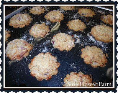 Raspberry Yogurt Muffin Recipe | Foodie | Pinterest