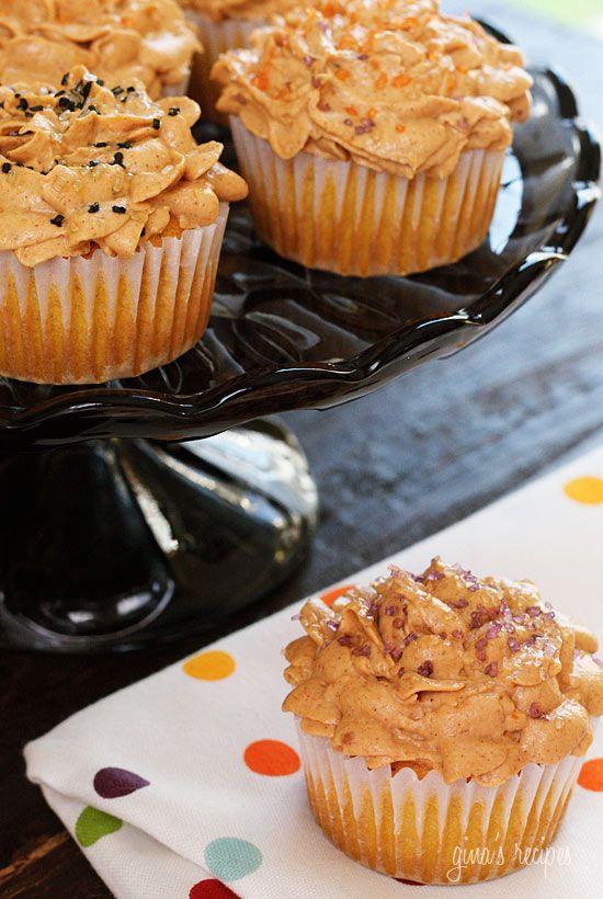 Pumpkin Cupcakes with Pumpkin Spiced Cream Cheese Frosting   Skinnytaste