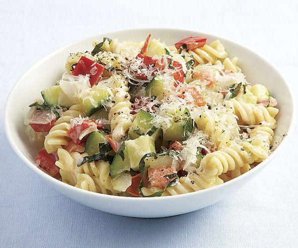 Creamy rotini with zucchini, tomato, and red pepper Recipe on ...