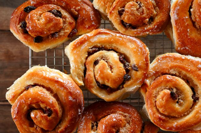 Chelsea Buns (Dough adapted from the cinnamon rolls in The Bread Baker ...