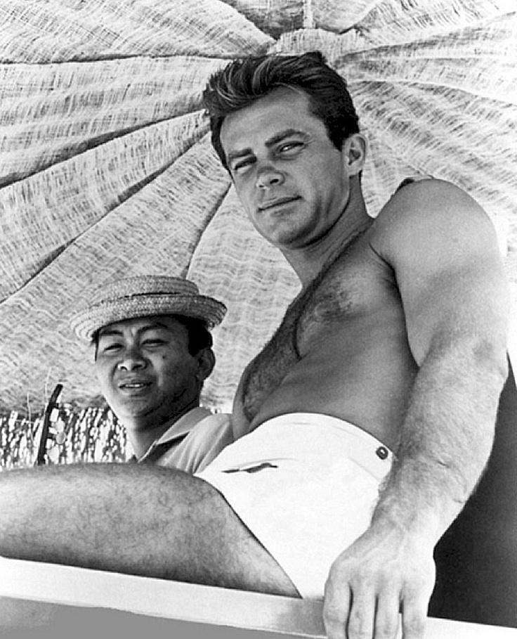 Burt And The Gentlemen - The Great Pretender