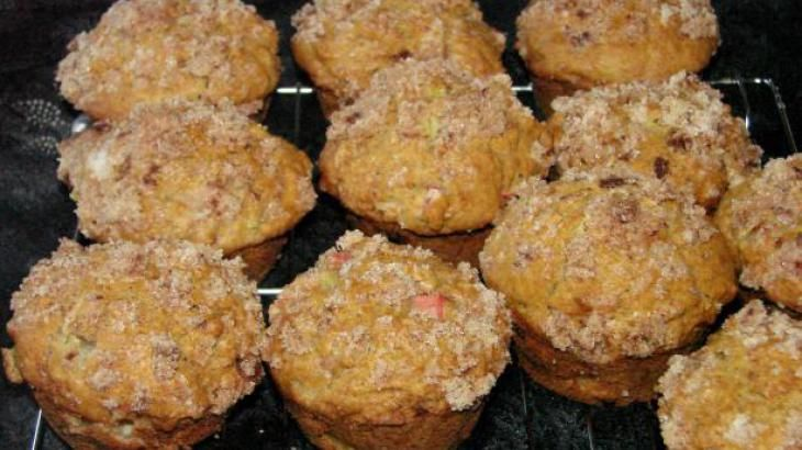 Rhubarb Muffins | Just Desserts | Pinterest