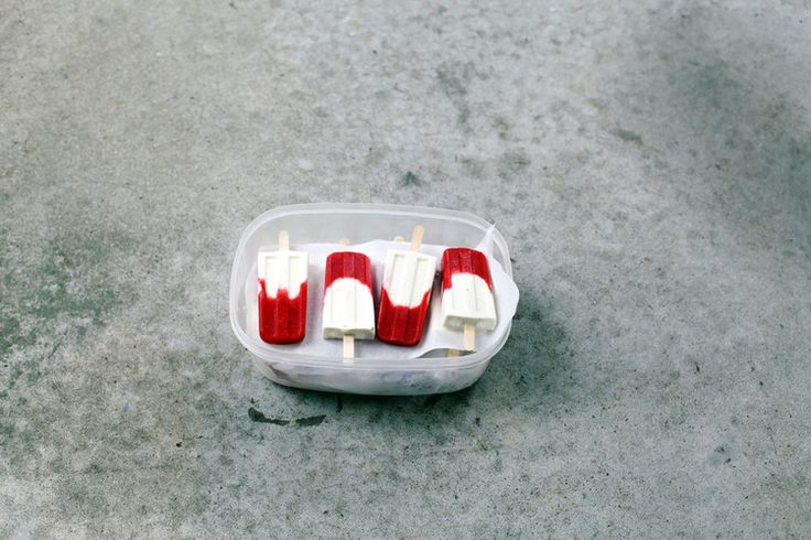 campari strawberry limeade ice pops with frozen yogurt // tara o'brady