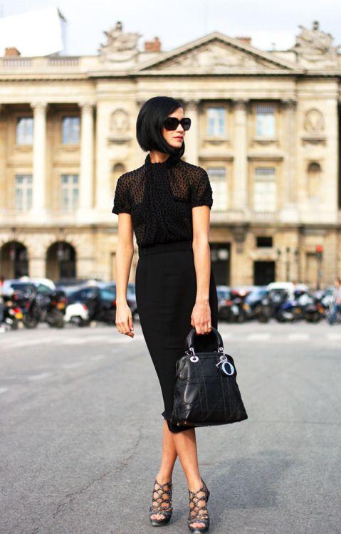Black polka dots blouse, skirt, handbag and pumps