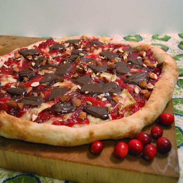 PizzaTuesday Cranberry & Brie Dessert #Pizza: Brie wedges, Cranberry ...