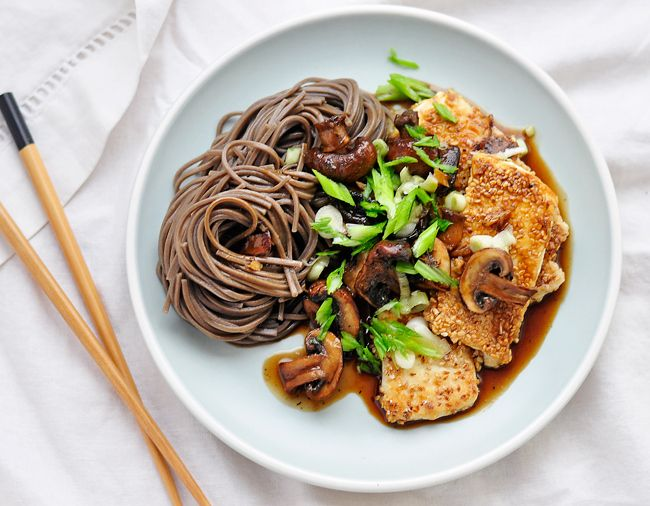 Crispy Sesame Tofu and Mushroom Stir-fry | It's delish! | Pinterest