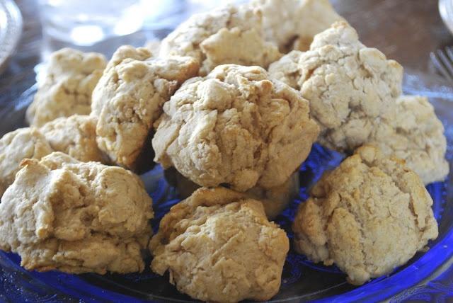 "Point-less"" Meals: Buttermilk Drop Biscuits"