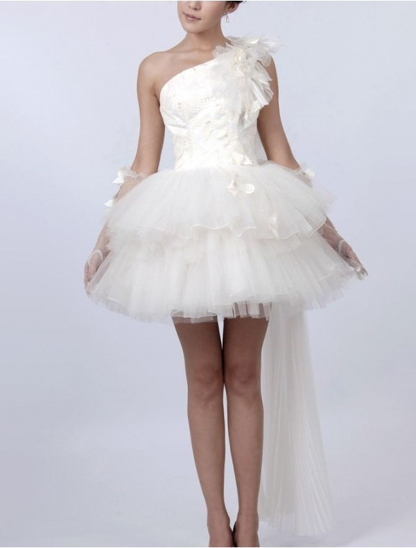 Short fluffy wedding dresses high cut wedding dresses for Fluffy skirt under wedding dress
