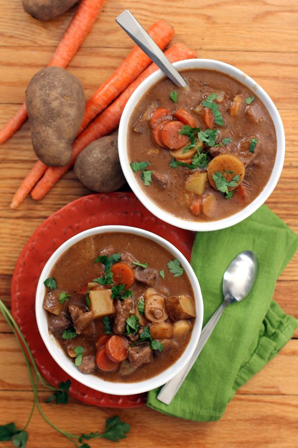 Stout Beer Beef Stew by @Melanie | Melanie Makes #comfortfood