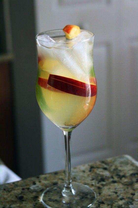 Peach White Sangria | Recipe