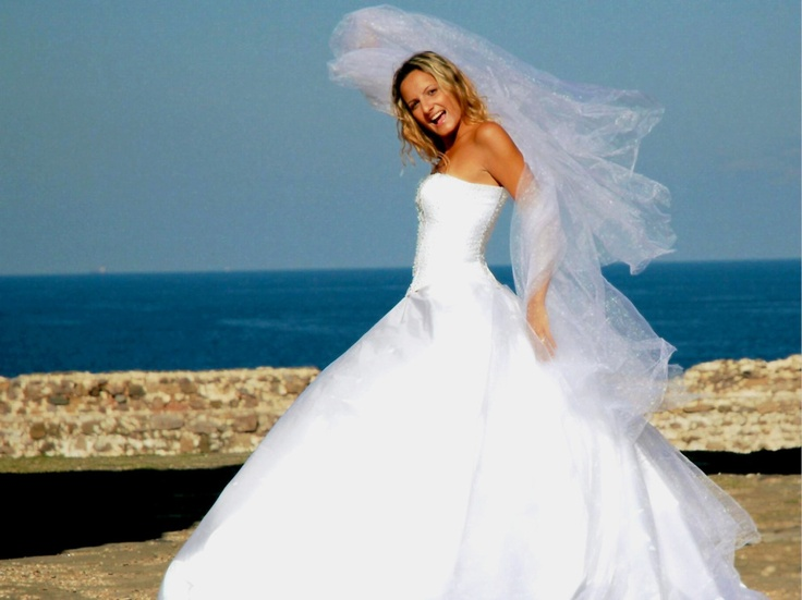 tips choosing perfect wedding gown