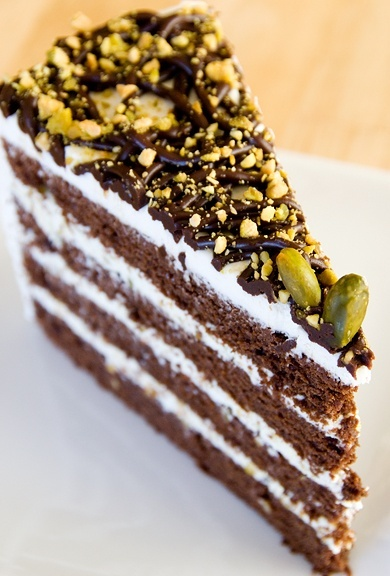 Chocolate Pistachio Cake | CAKES | Pinterest