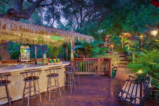 hubby 39 s dream backyard tiki bar