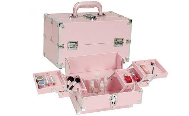 Honeymoon Friendly Makeup Storage Solutions