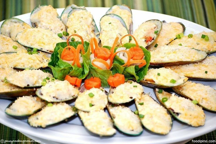 Baked Tahong (Mussels). 2 lbs large tahong (mussels) ¼ cup butter 8 ...