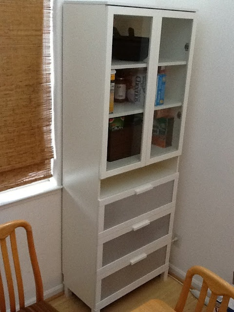 Ikea Glasvitrine Mit Beleuchtung ~ full tut on diy pantry cabinet ikea hack