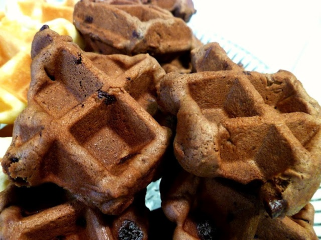 chocolate chocolate-chip waffle cookies | Food! | Pinterest
