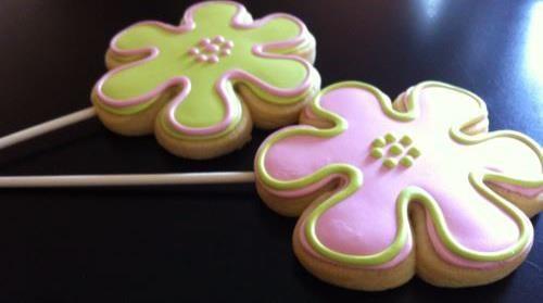 flower cookies on a sucker sticker