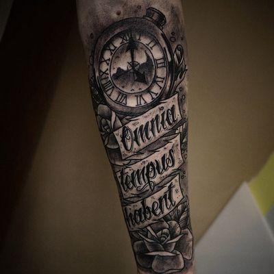 clock tattoo quotes quotesgram. Black Bedroom Furniture Sets. Home Design Ideas