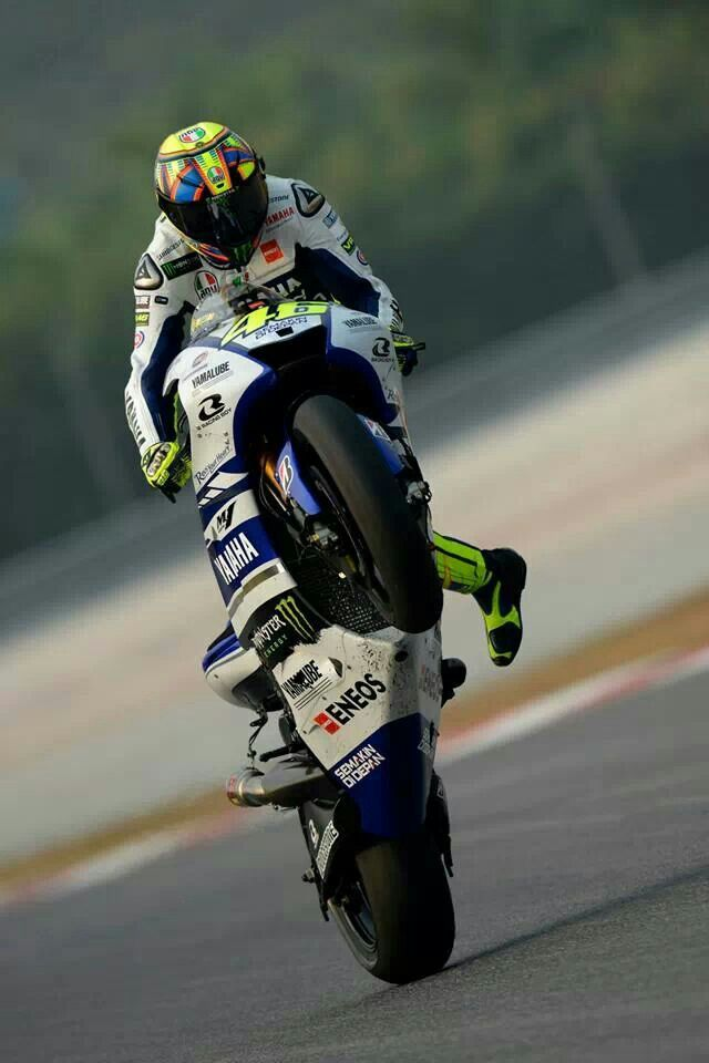 valentino rossi ndash wheelie - photo #7