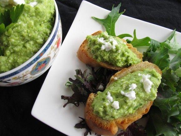 Pea, Avocado and Basil Crostini | DIP | Pinterest