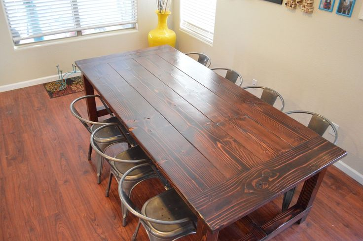 Wood country style kitchen table ma maison pinterest for Country style kitchen table