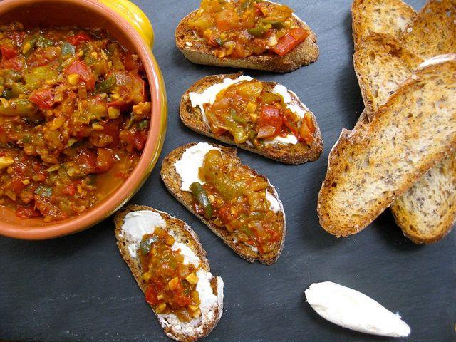 Sweet and spicy tomato chutney | Fooooood | Pinterest