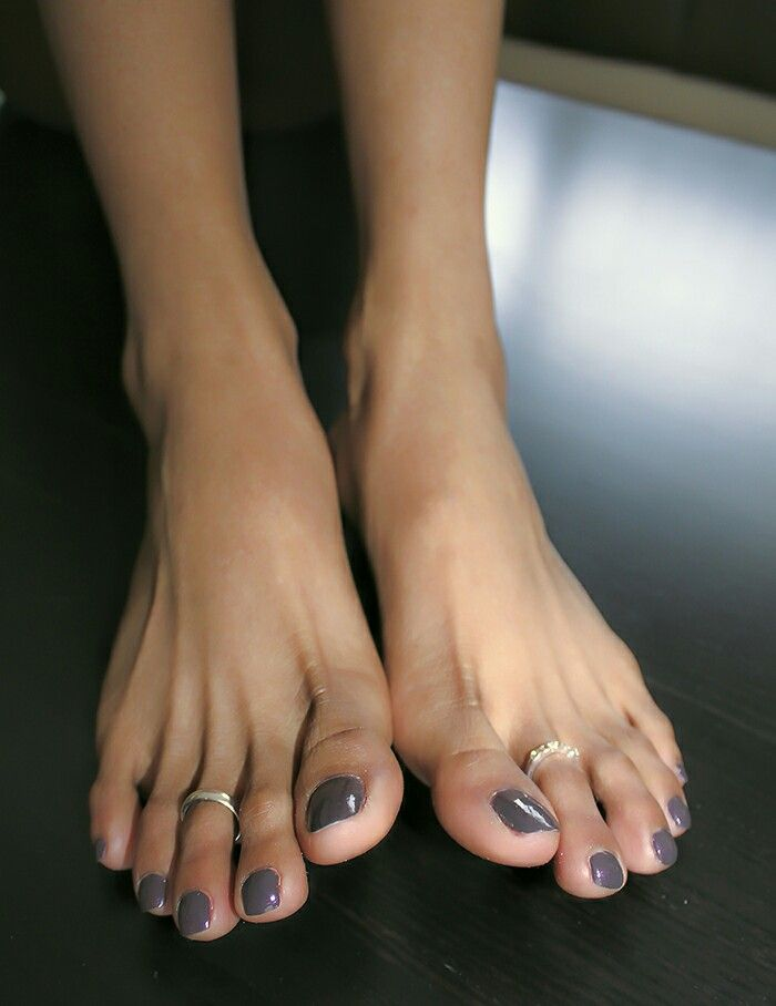 Tapered toes