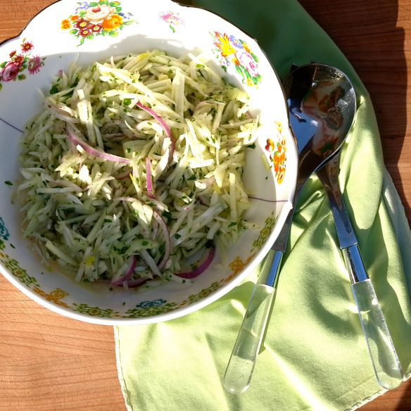 Apple and Fennel Slaw | Eat, Drink and be Merry! | Pinterest