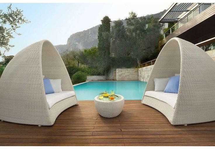 Outdoor Designer Furniture Stunning Decorating Design