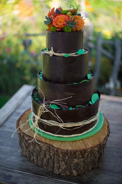 Can't wait for our wedding treats:) This cake is tiers of red velvet ...