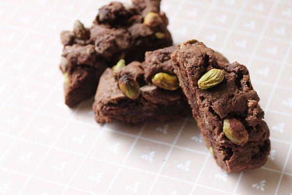 Chocolate Pistachio Biscotti | Cookies & Bars | Pinterest