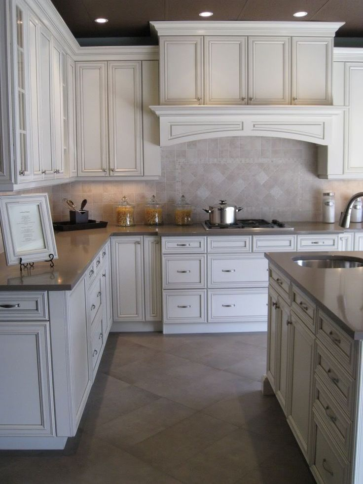 Antique white cabinets with glaze for Antique white kitchen cabinets with chocolate glaze