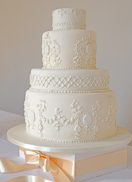 Gâteau de Mariage The French Cake Company.