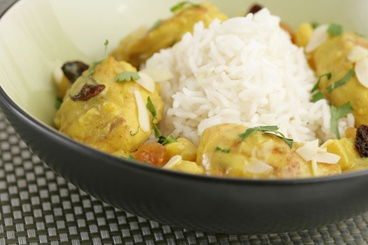 Chicken curry with tropical fruit and cardamon scented basmati rice