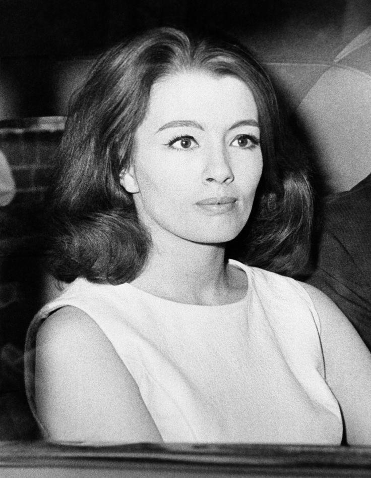 Christine Keeler 1963   Goin' To A Go-Go   Pinterest