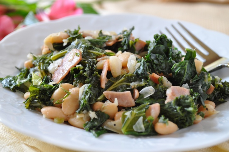 Tasty Kale and White Beans #healthy #recipe hollyclegg.com