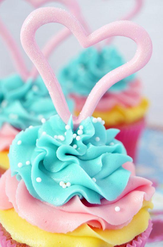 Lemon Coconut Milk Cupcakes With Lemon Buttercream Recipes ...