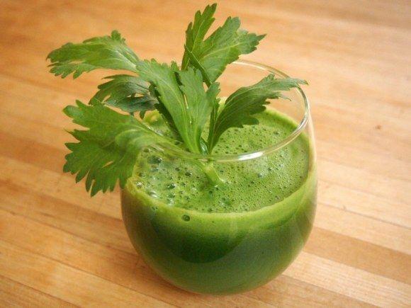 very veggie juice: lacinato kale, celery, cucumber, lemon, and mint.