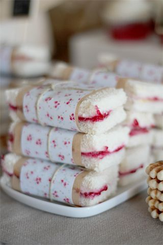 I can't even deal with these pretty wrapped sandwiches. But they would be adorable for a baby or bridal shower, I think.