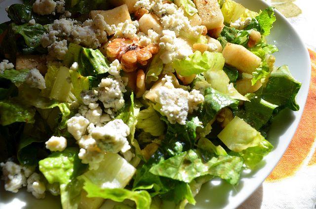 Walnut, Pear, & Gorgonzola Salad @ Savory Tart (fantastic flavors and ...