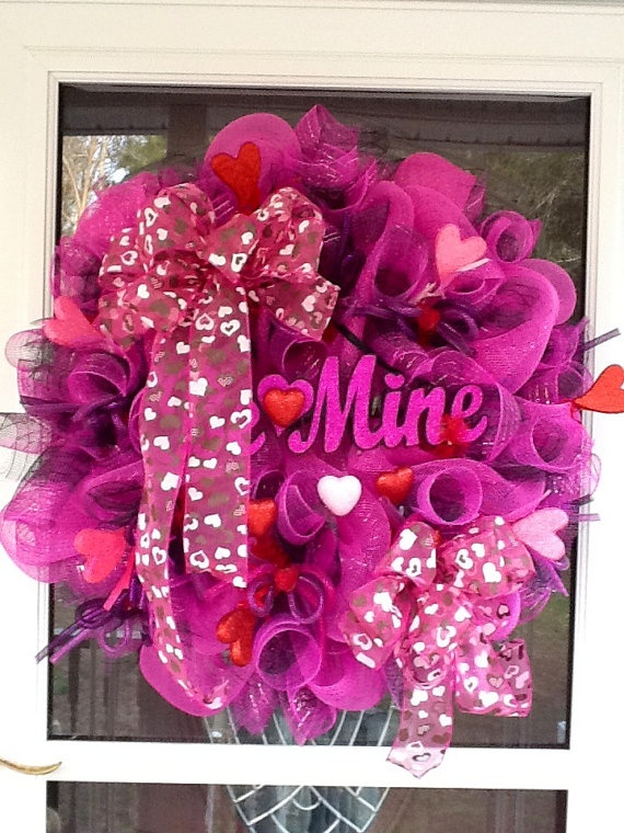 valentine day wreaths to buy