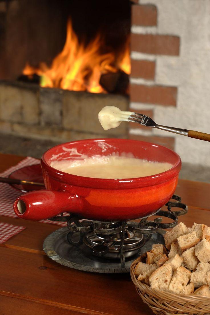 Cheese Fondue Recipe | Appetizers | Pinterest