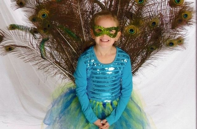 How To Make a Peacock Costume for Girls